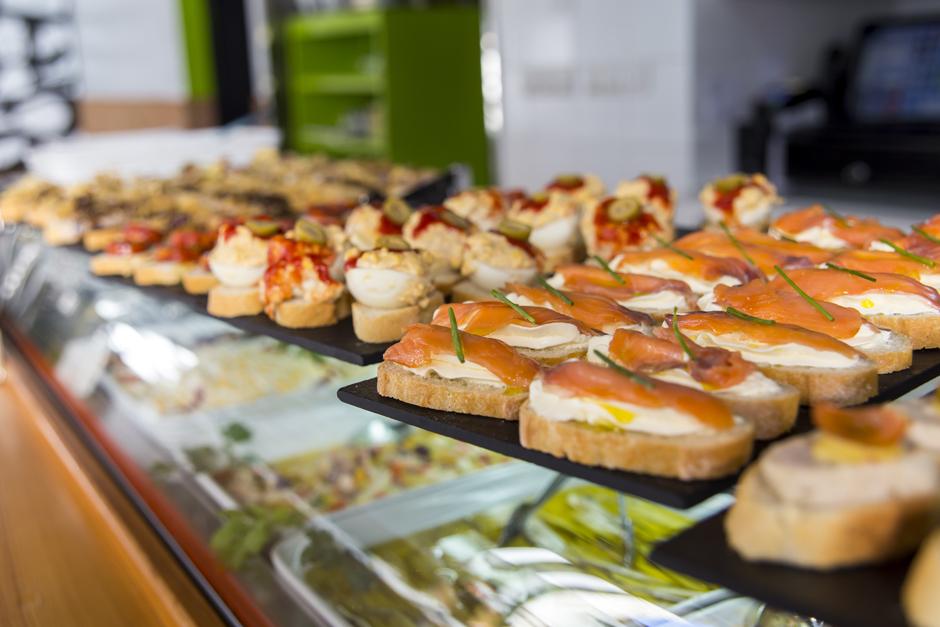 Exprimidores de naranjas que ayudan al exito - Titas Gastrobar Villena