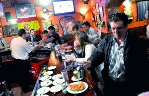 desayuna en bar