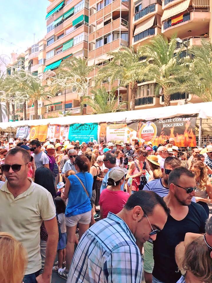 Las Hogueras en calle Alfonso Sabio de Alicante 2017_2